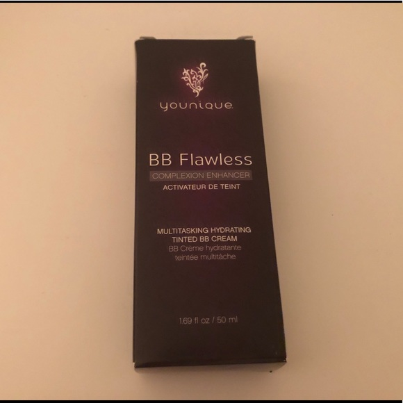 BB Flawless Cream - Younique - Caramel